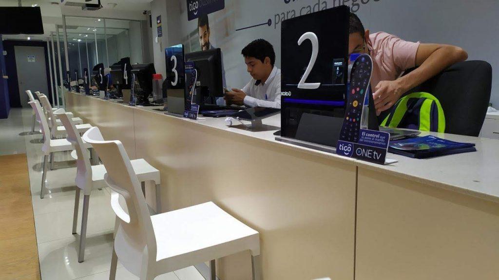 Enterprise tablet security in retail shops